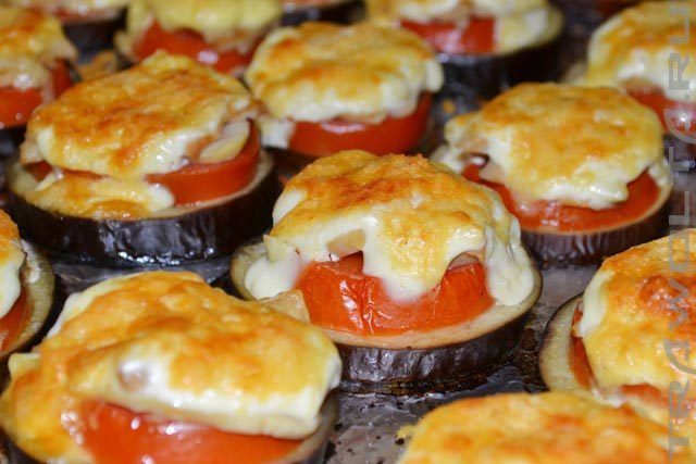 Eggplant-baked-with-tomat15
